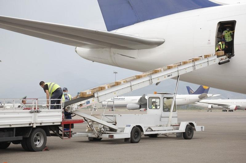 Almaty receives over 30 tons of medical cargo from India