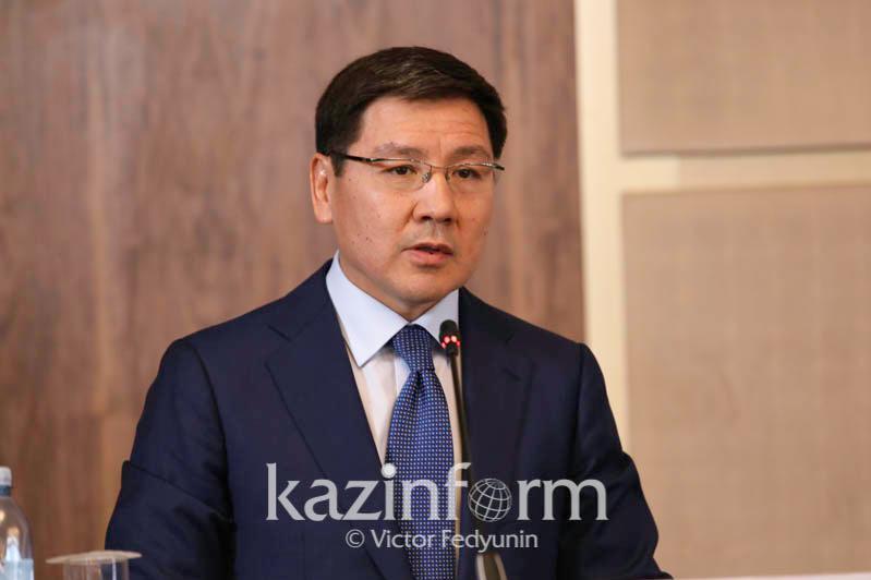 Аскар Жумагалиев освобожден от должности министра цифрового развития, инноваций и аэрокосмической промышленности РК