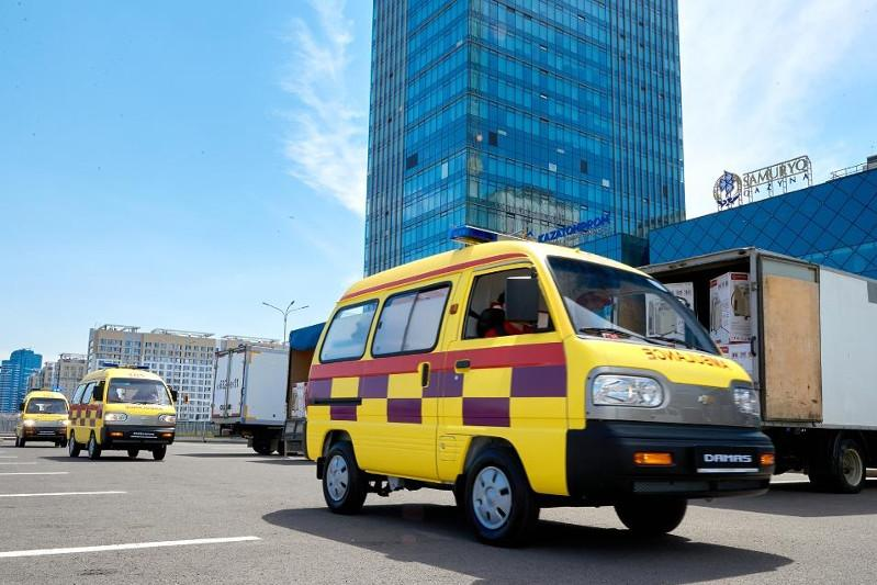 哈萨克斯坦正在扩大救护车生产