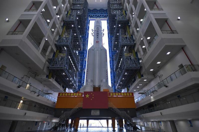 Китай успешно запустил первую миссию к Марсу