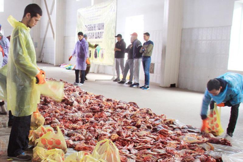 Жертвоприношение на Курбан айт: необходимы волонтеры для раздачи мяса нуждающимся семьям