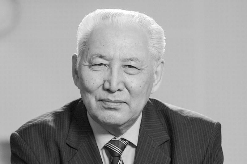 Ушел из жизни академик Кенжегали Сагадиев