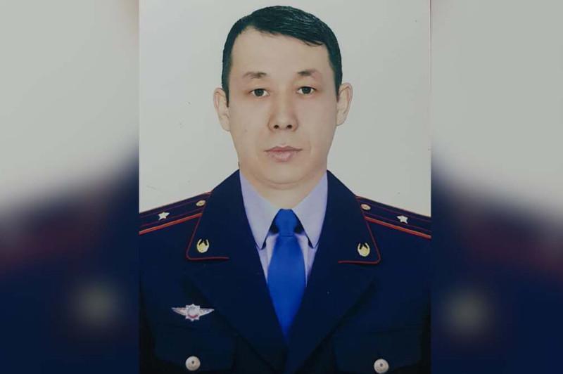 怒火缉凶——为抓捕犯罪分子 哈萨克斯坦警官从13楼一跃而下