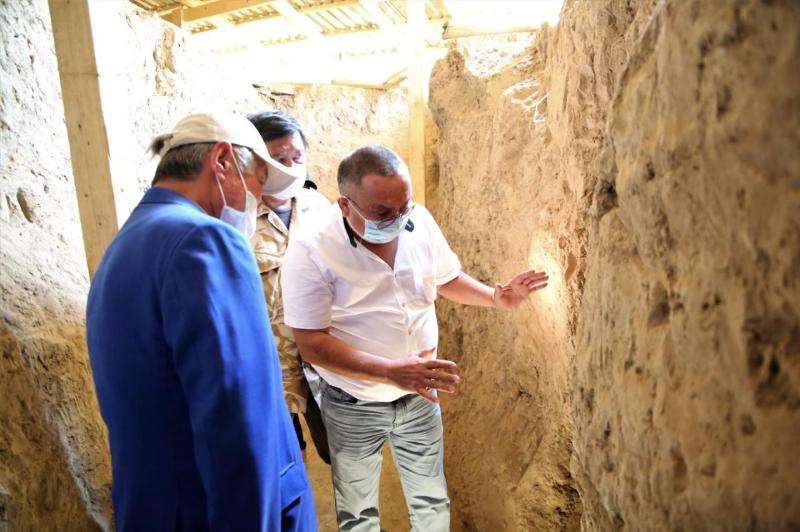 Сапарбаев Жуалыдағы көне қалашықтың қазба жұмыстарымен танысты