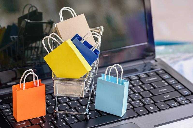 Over two thousand online shops registered in Kazakhstan