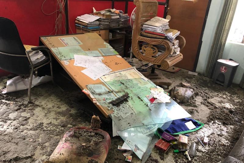 Bangladeshte polıtsııa ýchaskesin jaryp jiberdi