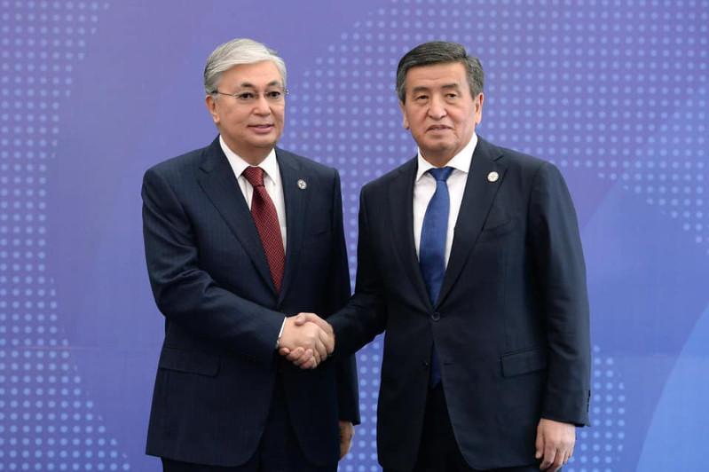 Глава государства выразил соболезнования Президенту Кыргызстана Сооронбаю Жээнбекову