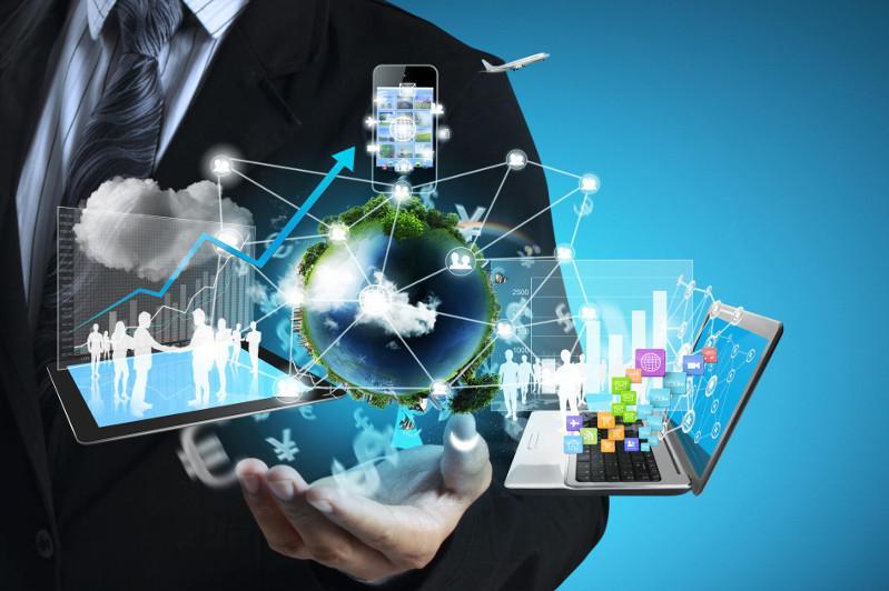 Внедрение цифровизации во все сферы должно оставаться приоритетной задачей - Бердибек Сапарбаев
