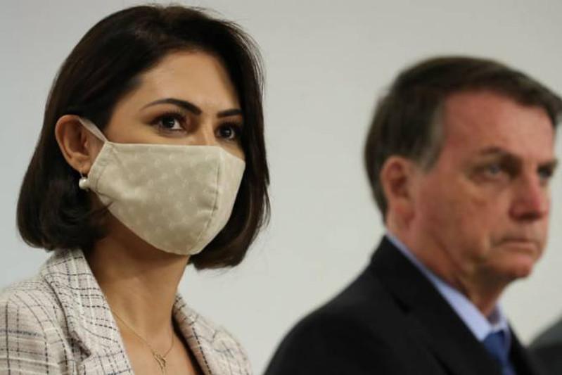 Бразилия президентінің әйелі коронавирус жұқтырды