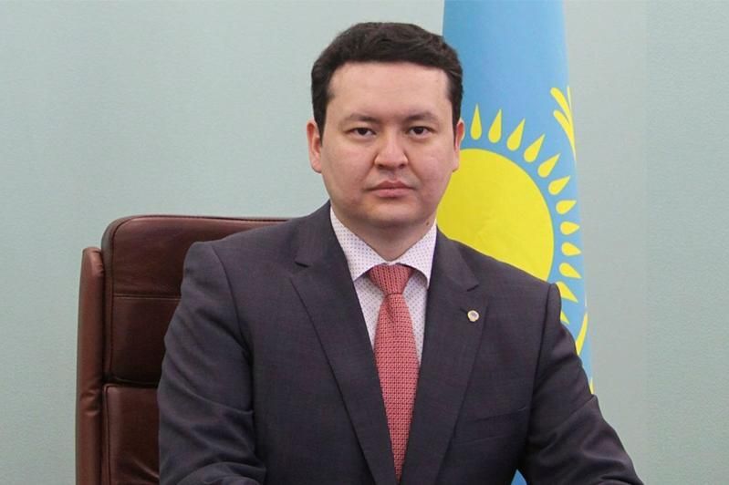 Вице-министра здравоохранения Олжаса Абишева арестовали на 2 месяца