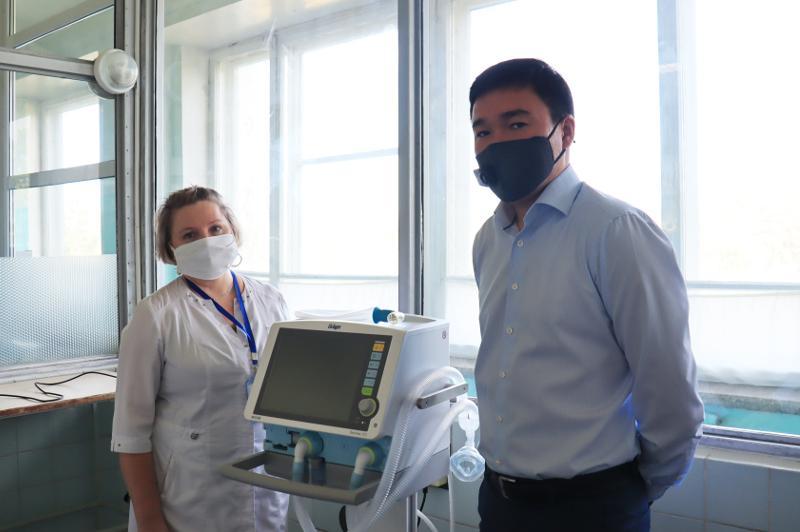 «Казахалтын» оказал поддержку Степногорской многопрофильной больнице