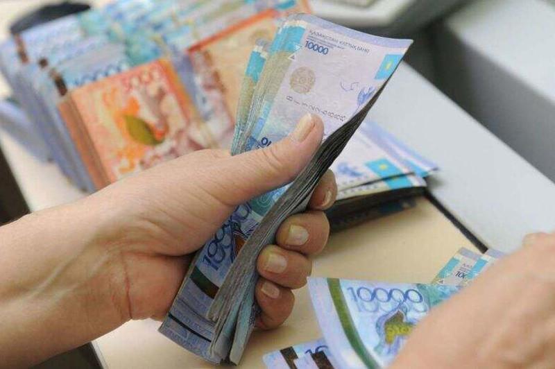 1,5 млн тенге снял со счетов работник почты в Туркестанской области