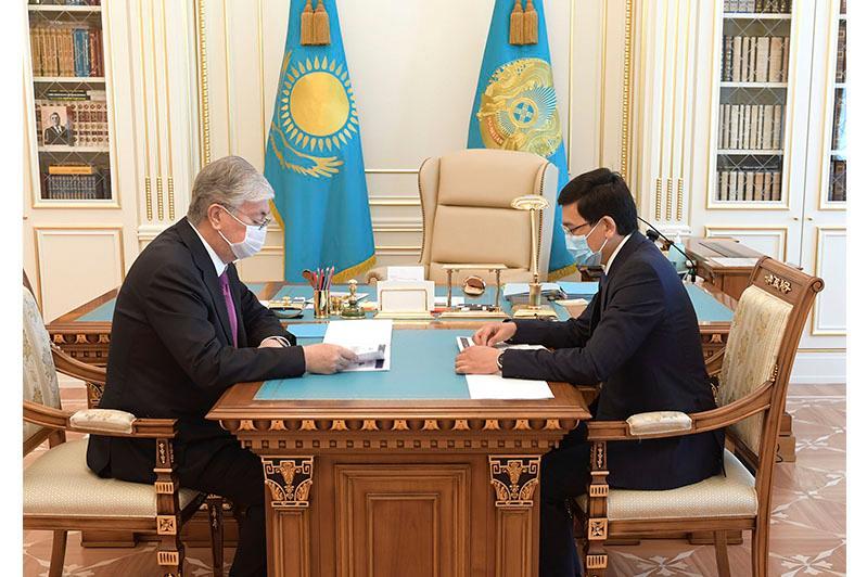 Президент заслушал отчет главы Минобразования о ходе подготовки к новому учебному году