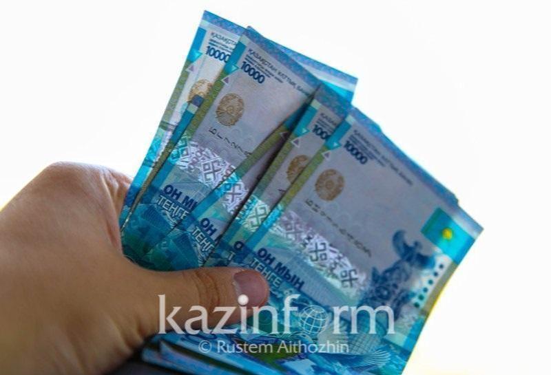 В Нур-Султане задержали водителя большегруза за дачу взятки