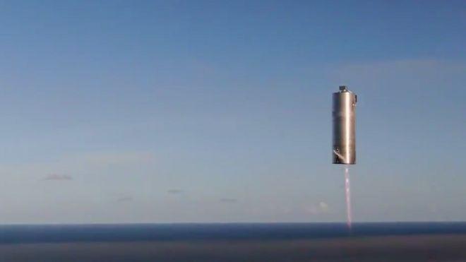 Илон Маск испытал прототип корабля для полета на Марс