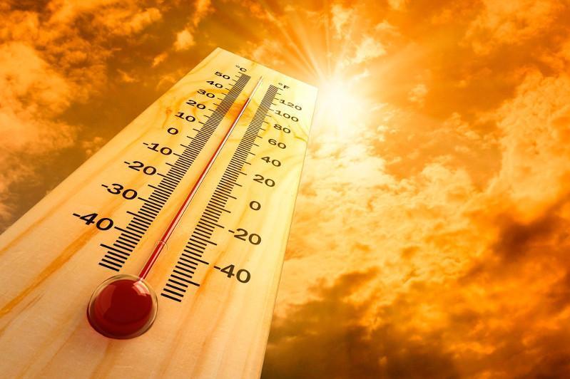 统计显示七月份我国多地高温天气超过往年平均值