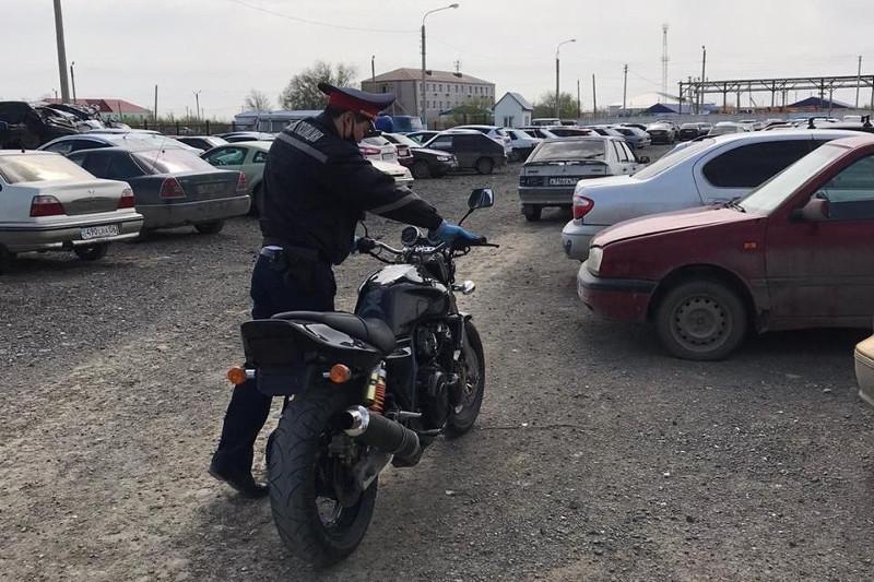 Около 200 тысяч тенге штрафа заплатят родители несовершеннолетнего мотоциклиста