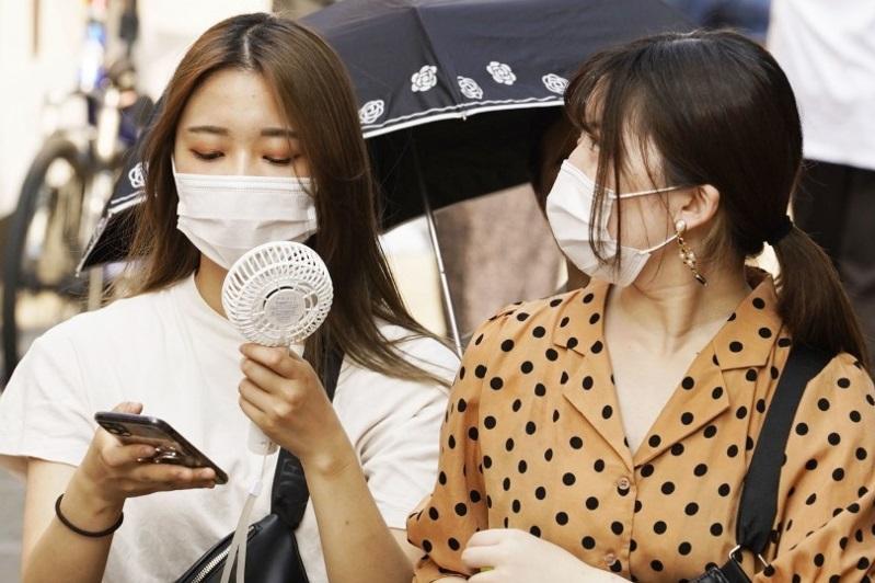 日本新冠感染者新增1598人 创单日新高