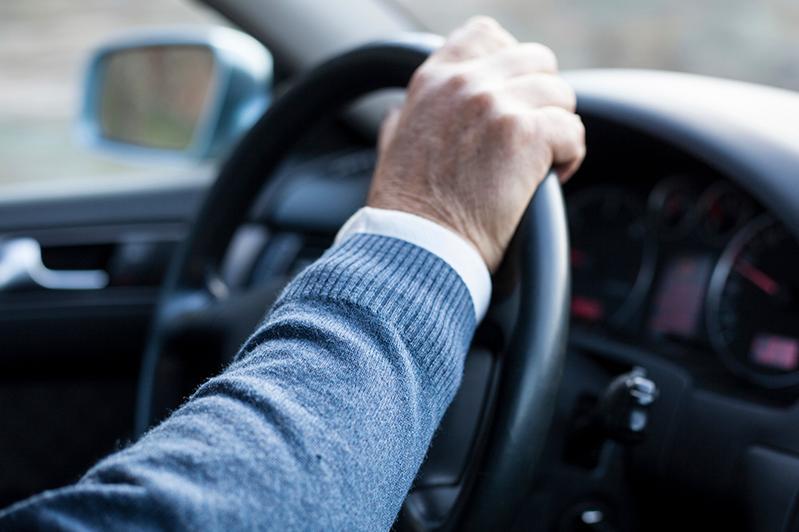 Лишенный прав водитель незаконно таксовал в Таразе