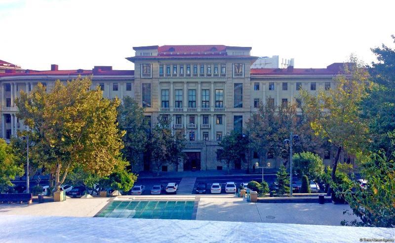 В ряде городов Азербайджана смягчается карантинный режим