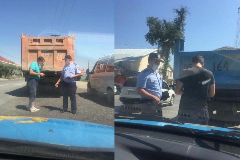 Водителей грузовиков наказали за разъезды в частном секторе в Алматы