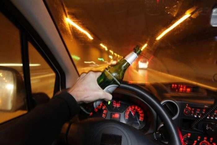 Пьяный мужчина перевозил пассажиров автобуса в Павлодаре