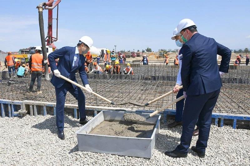 Коронавирус: Алматыда жаңа модульдік аурухананың құрылысы басталды