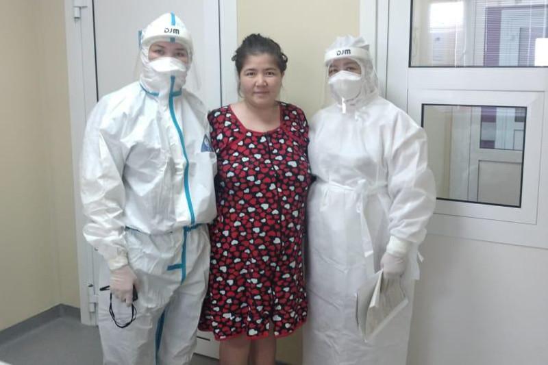 В Шымкенте беременная женщина с двухсторонним поражением легких идёт на поправку