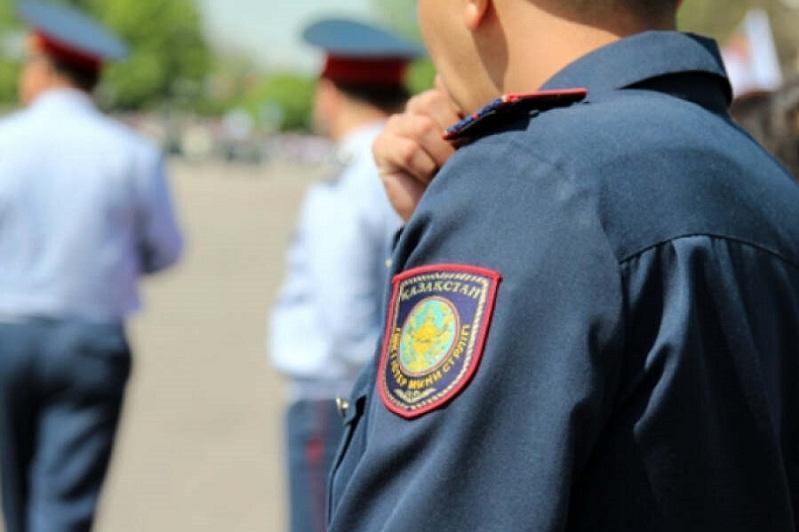 За попытку дачи взятки полицейскому мужчина оштрафован на полмиллиона тенге в Жанаозене