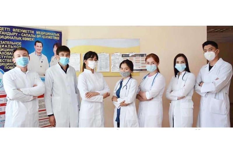 Молодых врачи прибыли в Бухар-Жырауский район Карагандинской области