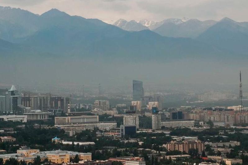 Магзум Мирзагалиев предложил алматинцам выработать план по улучшению экологии в городе