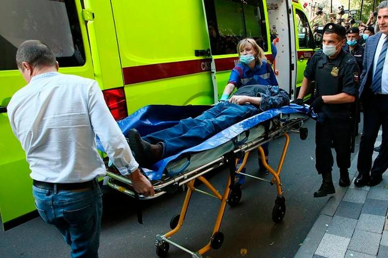 Михаила Ефремова госпитализировали из здания суда