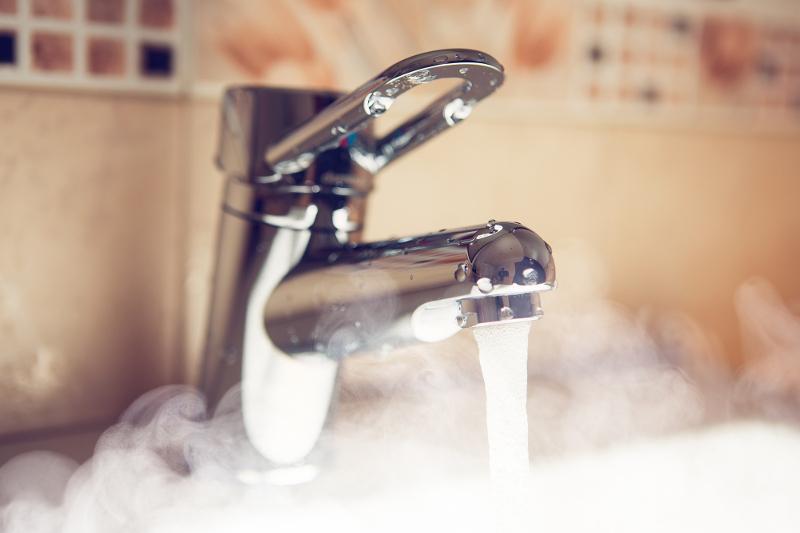 Без горячей воды останутся на неделю дома в северной и южной частях Павлодара