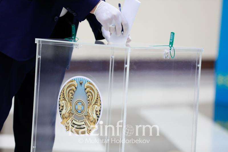 Сенат сайлауы: Атырауда Сағындық Лұқпанов көп дауыс алды
