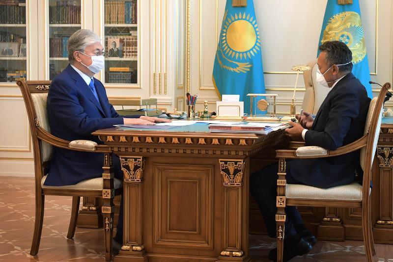 Президент дал ряд поручений главе АО «НК «Қазақстан темір жолы»