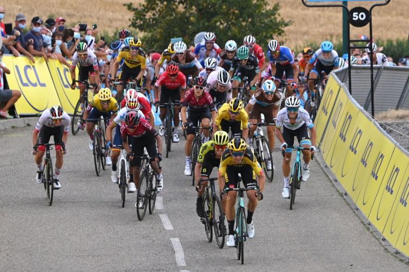 Луценко финишировал в десятке сильнейших первого этапа «Критериум дю Дофине»
