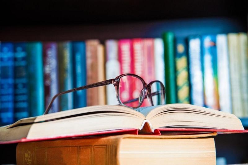 30 переведенных на казахский язык учебников презентованы в Нур-Султане