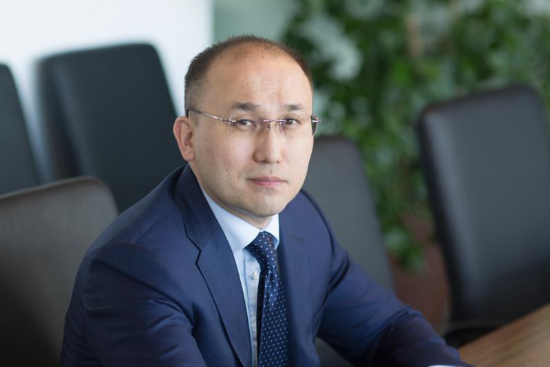 Даурен Абаев поздравил коллектив Казинформа со столетием