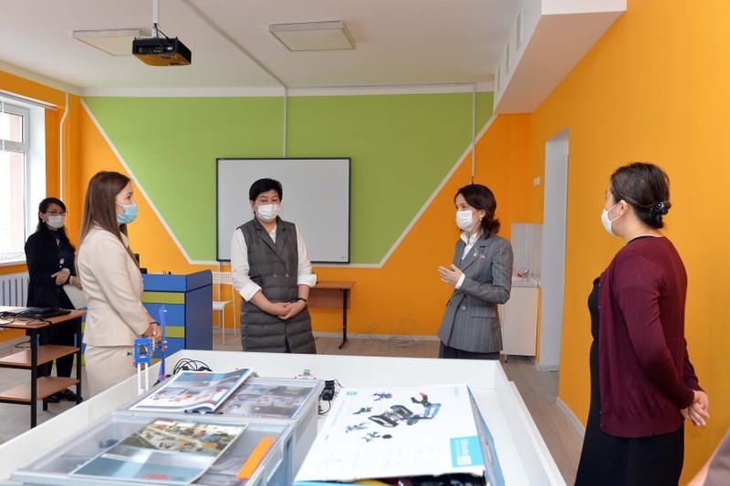 Мажилисмены проверили готовность школ к новому учебному году