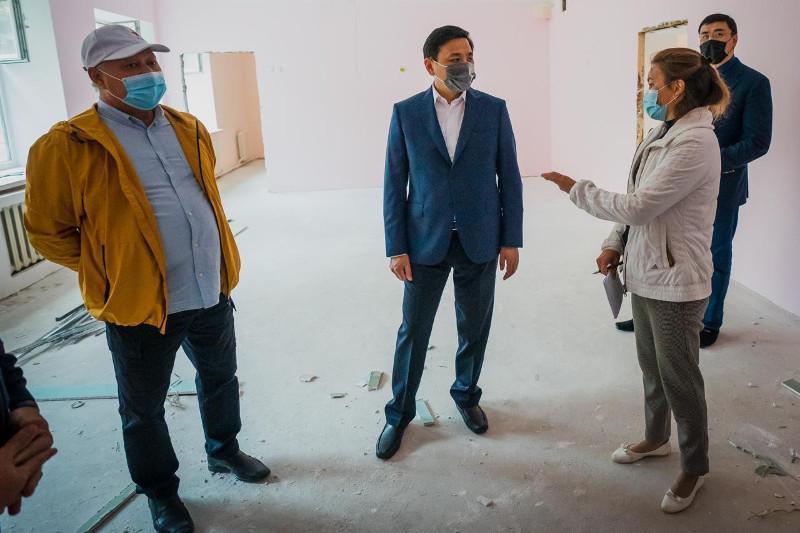 Дети должны учиться в безопасных условиях – аким столицы о ремонте объектов образования