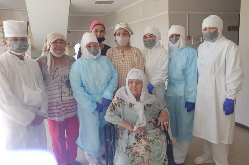 90 летняя бабушка победила тяжелую пневмонию