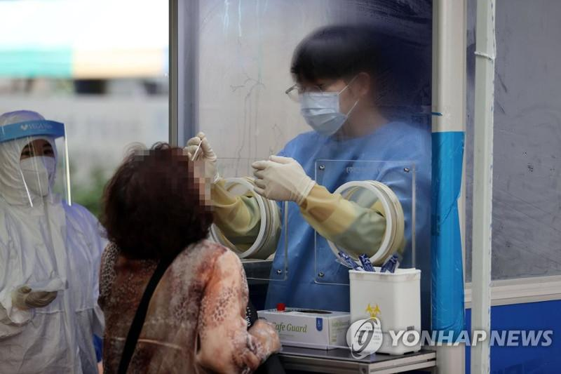 Local virus cases at over 4-month high, strict social distancing under review in S Korea