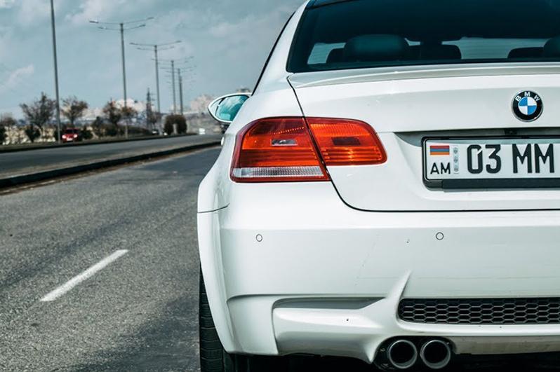 Почти 2 тысячи автомашин из Армении поставили на учет в Атырауской области