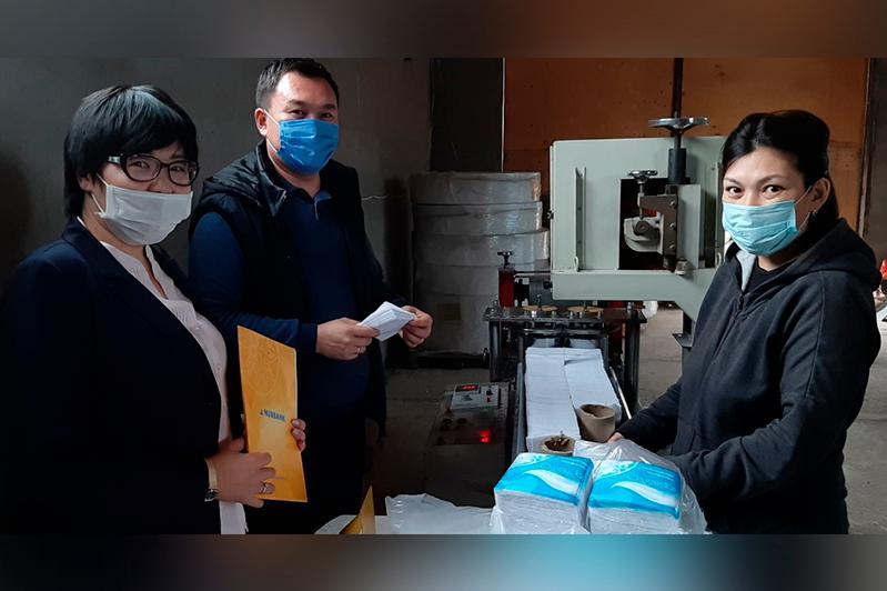 Производство бумажных салфеток запустила в Актобе многодетная мать