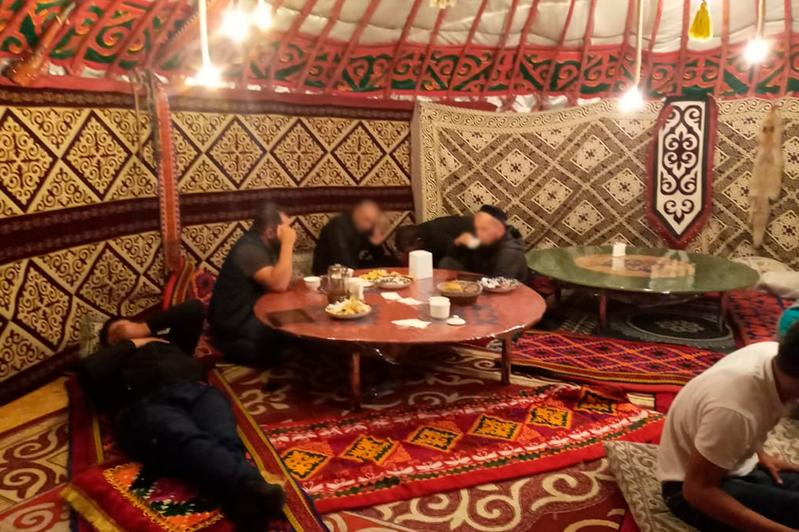 Кафе и сауны работали ночью в столице