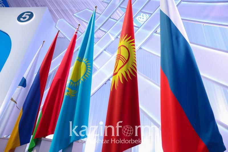 上半年哈萨克斯坦与欧亚经济联盟国家贸易额减少11%