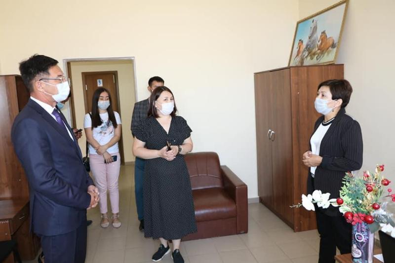 В ЗКО в помощь мамам открылся Центр развития «Көркем»
