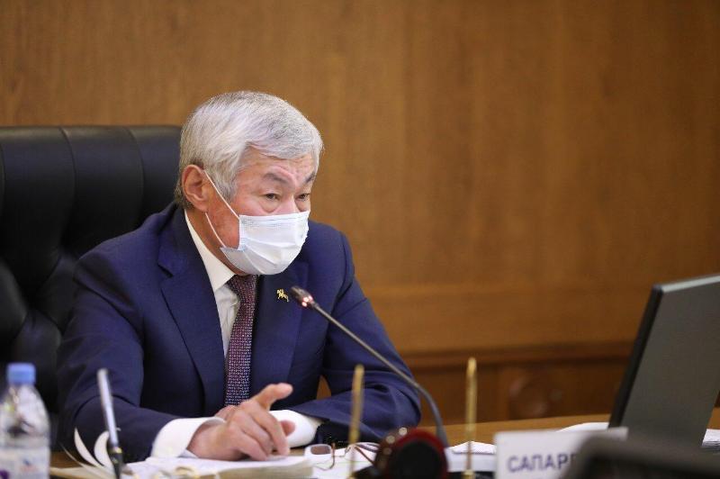Бердібек Сапарбаев: Карантин жеңілдегенімен, босаңсуға жол берілмейді