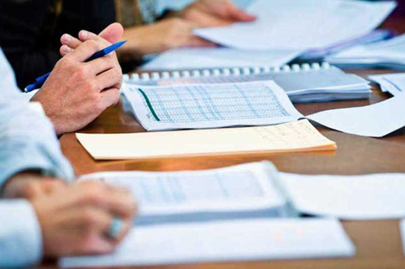 Как обеспечивается прозрачность присуждения грантов НПО в Казахстане