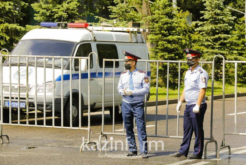 Какие ограничительные меры введут в выходные дни в Алматы